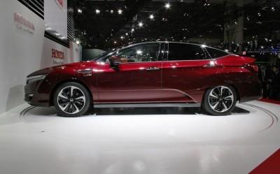Honda FCX Clarity-8 copy