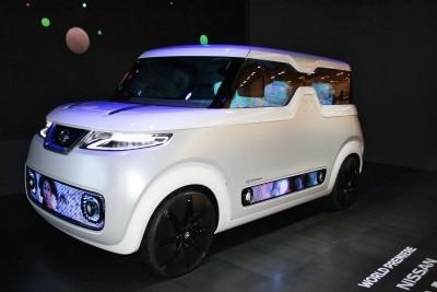 Nissan Teatro-2 copy