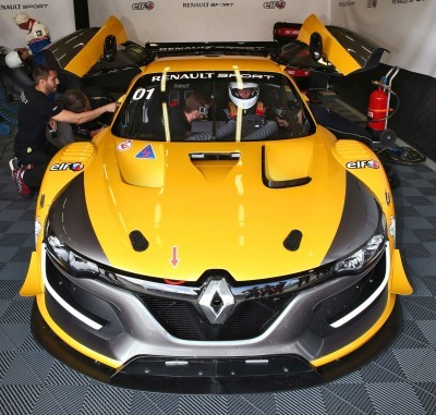Renaultsport RS01 10