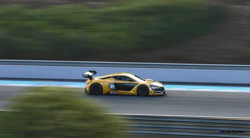 Renaultsport RS01 18