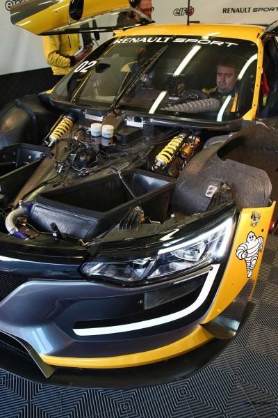 Renaultsport RS01 3