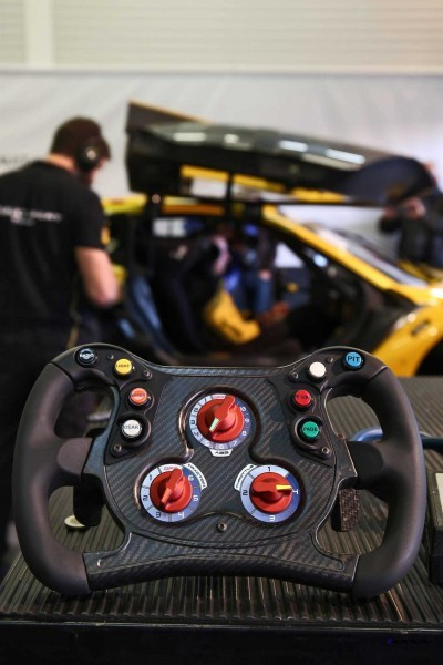 Renaultsport RS01 4