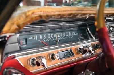 1963 Pontiac Bonneville 'Roy Rogers' Nudie Mobile 13