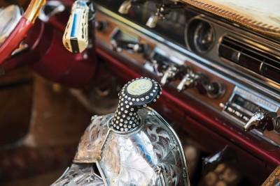 1963 Pontiac Bonneville 'Roy Rogers' Nudie Mobile 18