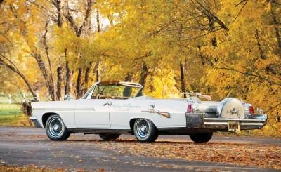1963 Pontiac Bonneville 'Roy Rogers' Nudie Mobile 2