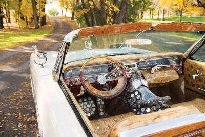 1963 Pontiac Bonneville 'Roy Rogers' Nudie Mobile 4