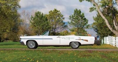 1963 Pontiac Bonneville 'Roy Rogers' Nudie Mobile 5