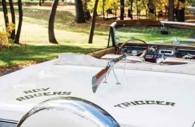 1963 Pontiac Bonneville 'Roy Rogers' Nudie Mobile 8