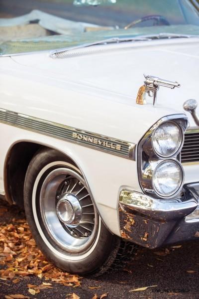 1963 Pontiac Bonneville 'Roy Rogers' Nudie Mobile 9
