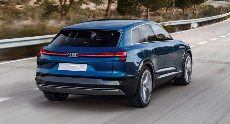 2015 Audi e-tron quattro concept 3