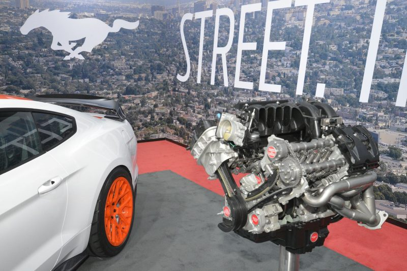2015 LA Auto Show 44