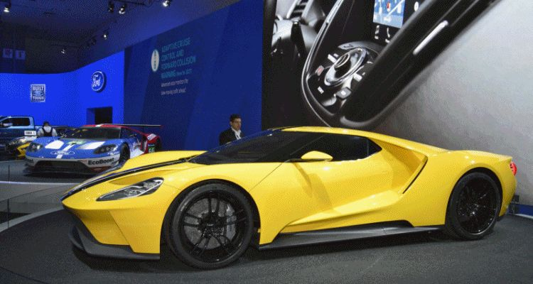 2015 LA Auto Show - Ford GT Yellow