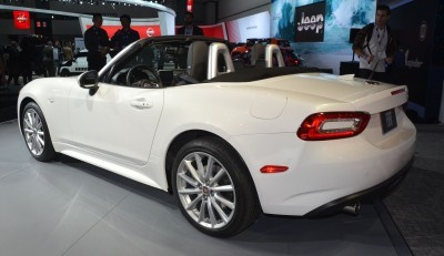 2015 LA Auto Show Photos 18