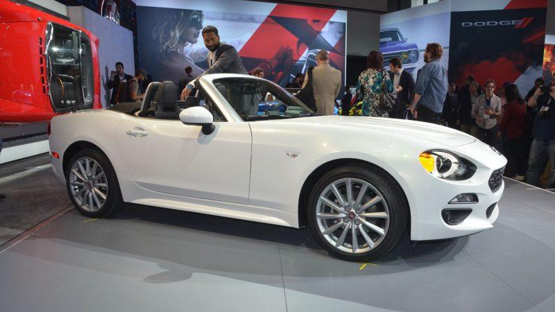 2015 LA Auto Show Photos 23