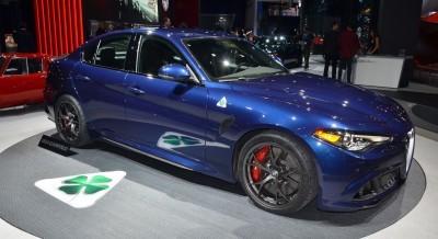 2015 LA Auto Show Photos 70