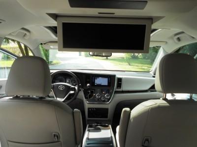 2015 Toyota Sienna XLE Premium AWD Review 10