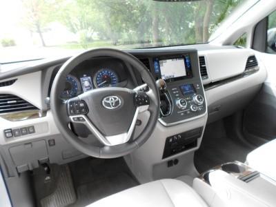 2015 Toyota Sienna XLE Premium AWD Review 12