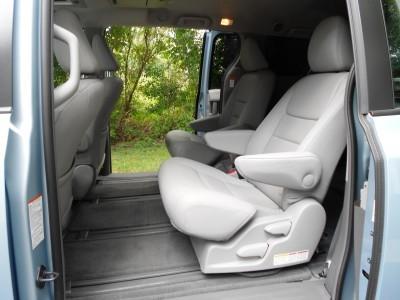 2015 Toyota Sienna XLE Premium AWD Review 14