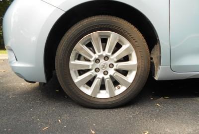 2015 Toyota Sienna XLE Premium AWD Review 4