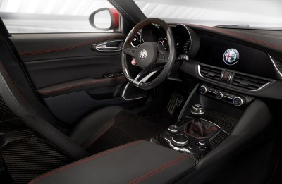 2016 Alfa Romeo GIULIA Interior 12