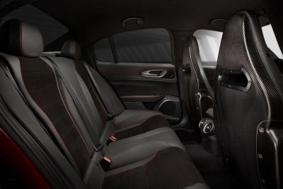 2016 Alfa Romeo GIULIA Interior 19