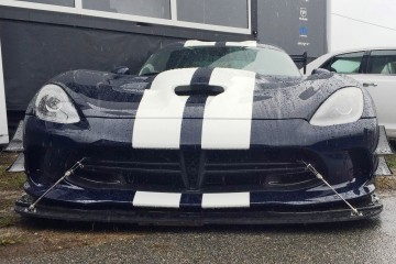 2016 Dodge VIPER ACR - First Real-Life Photos Show Insane Aerokit