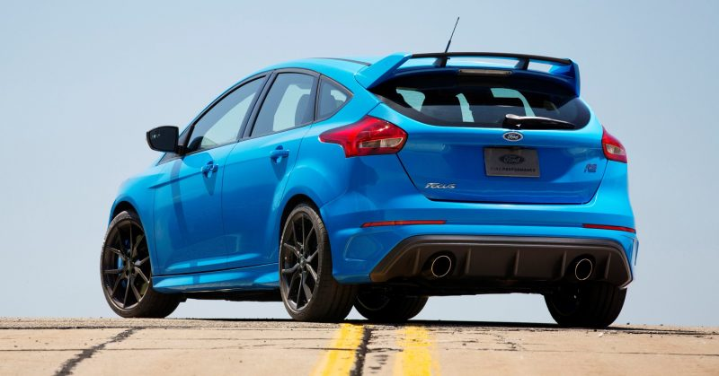 2016 Ford Focus RS Price 18