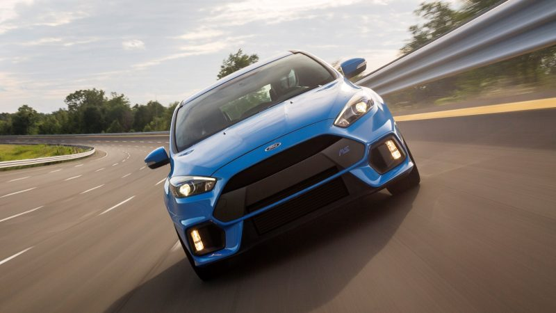 2016 Ford Focus RS Price 19