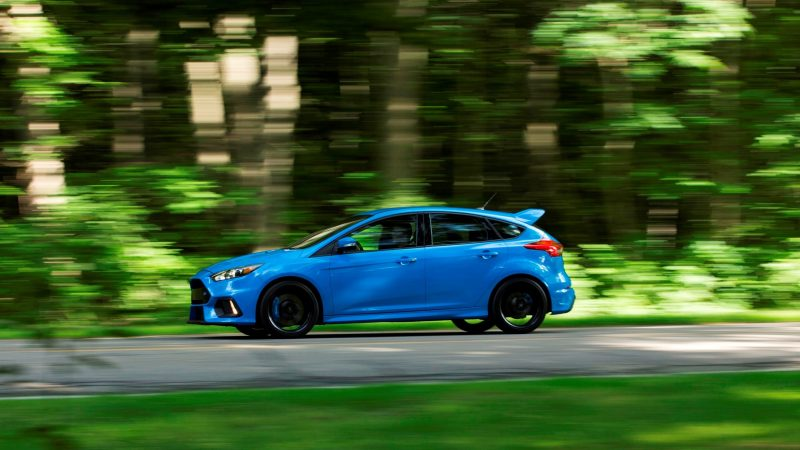 2016 Ford Focus RS Price 32
