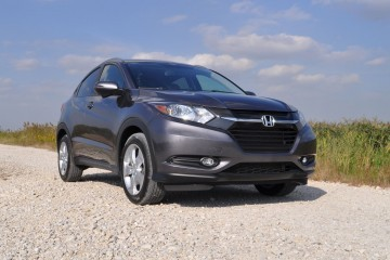 2016 Honda HR-V AWD Review 13