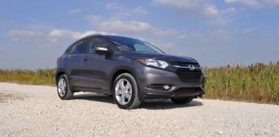 2016 Honda HR-V AWD Review 16