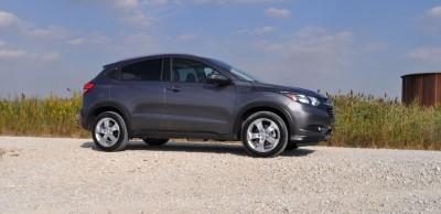 2016 Honda HR-V AWD Review 21