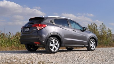 2016 Honda HR-V AWD Review 28