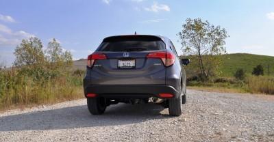2016 Honda HR-V AWD Review 35