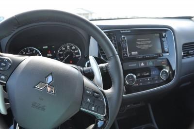 2016 Mitsubishi Outlander 3.0 GT S-AWC Review 23