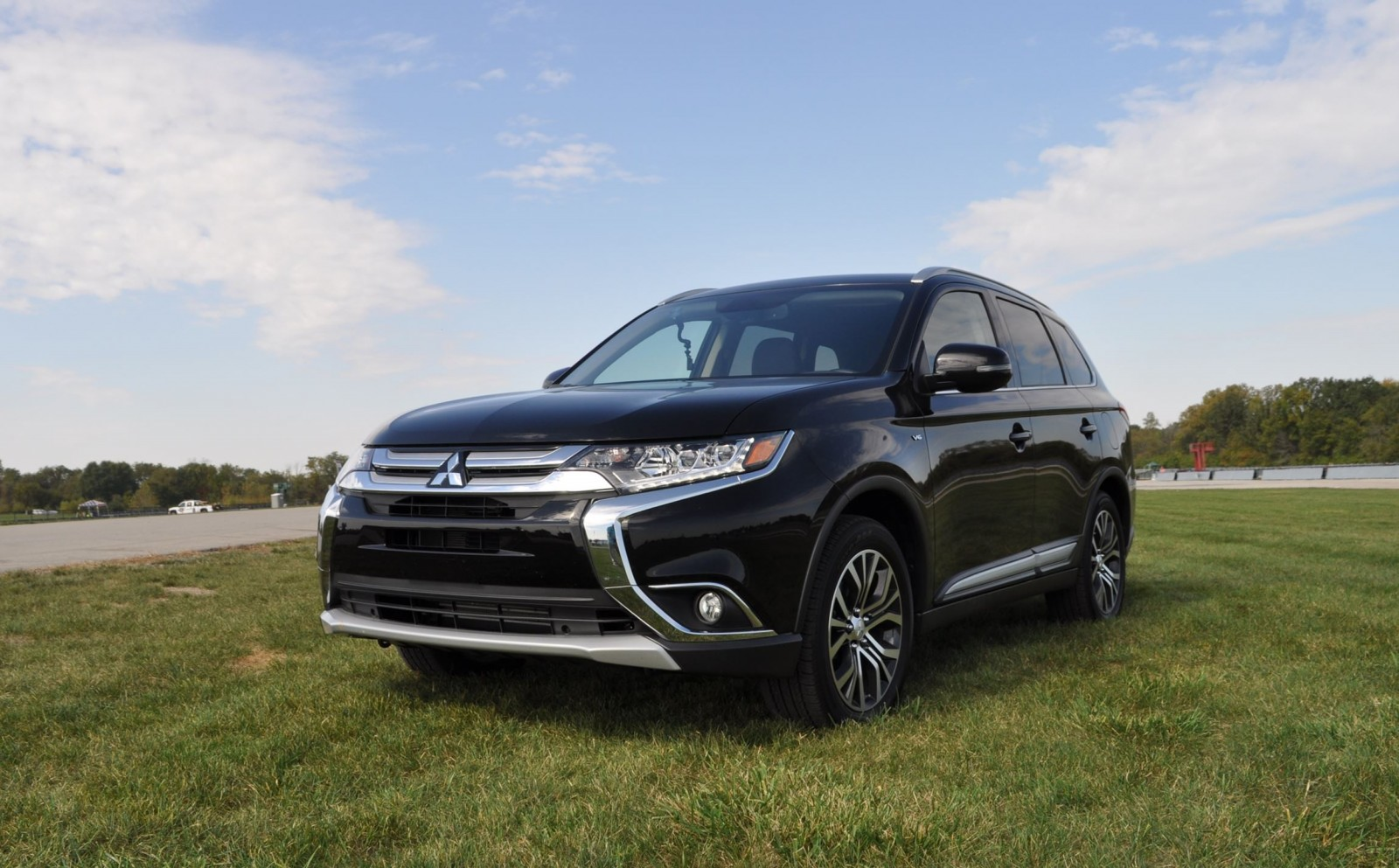 Creative 2016 Mitsubishi Outlander 30 GT SAWC Review