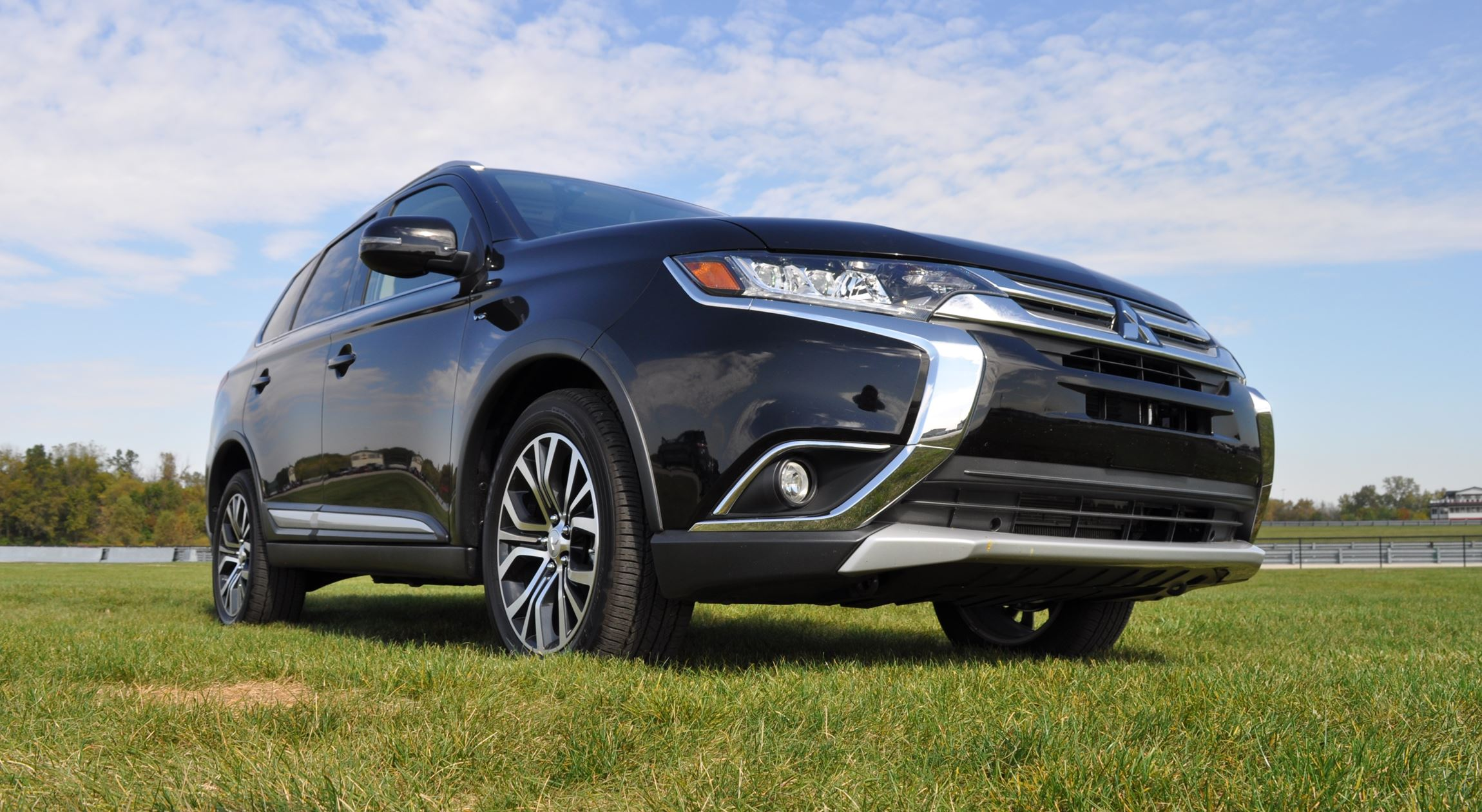 2016 mitsubishi outlander 3 0 gt s awc review 55. Black Bedroom Furniture Sets. Home Design Ideas