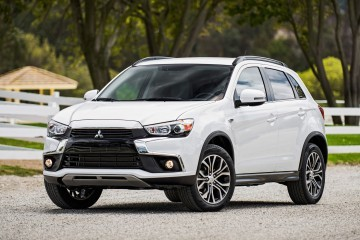 2016 Mitsubishi Outlander SPORT – Official Debut Shows New Nose, Cabin and Colors