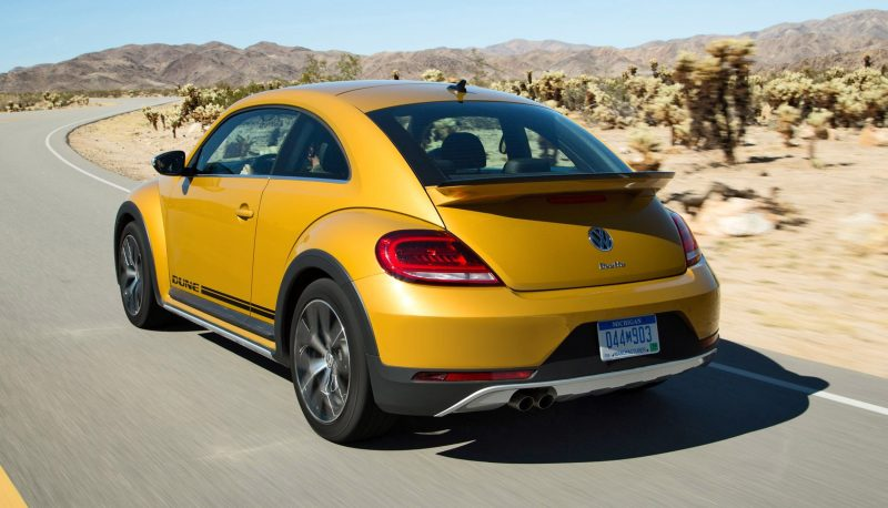 2016 Volkswagen Beetle DUNE Editions 12