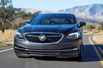 2017 Buick LaCrosse – All-New Luxury Limo Is Truly Plush Inside, Wider and Lower Outside