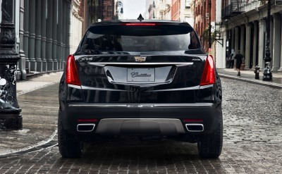 2017-Cadillac-XT5-003