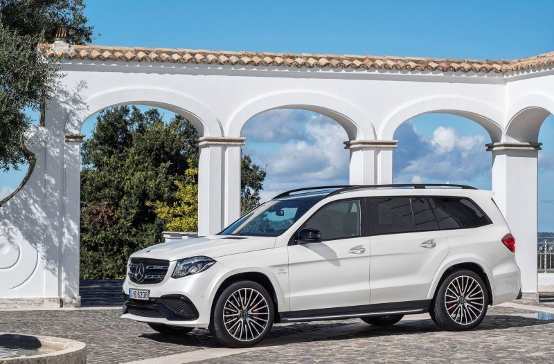 2017 Mercedes-Benz GLS 10