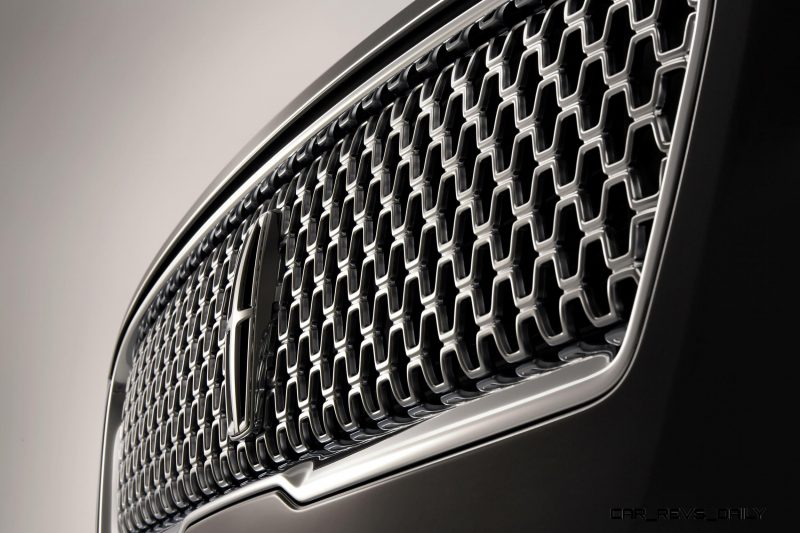 The new face of Lincoln is highlighted by available adaptive LED headlamps that help deliver cleaner, clearer lighting for drivers, complemented by the all-new one-piece Lincoln signature grille.