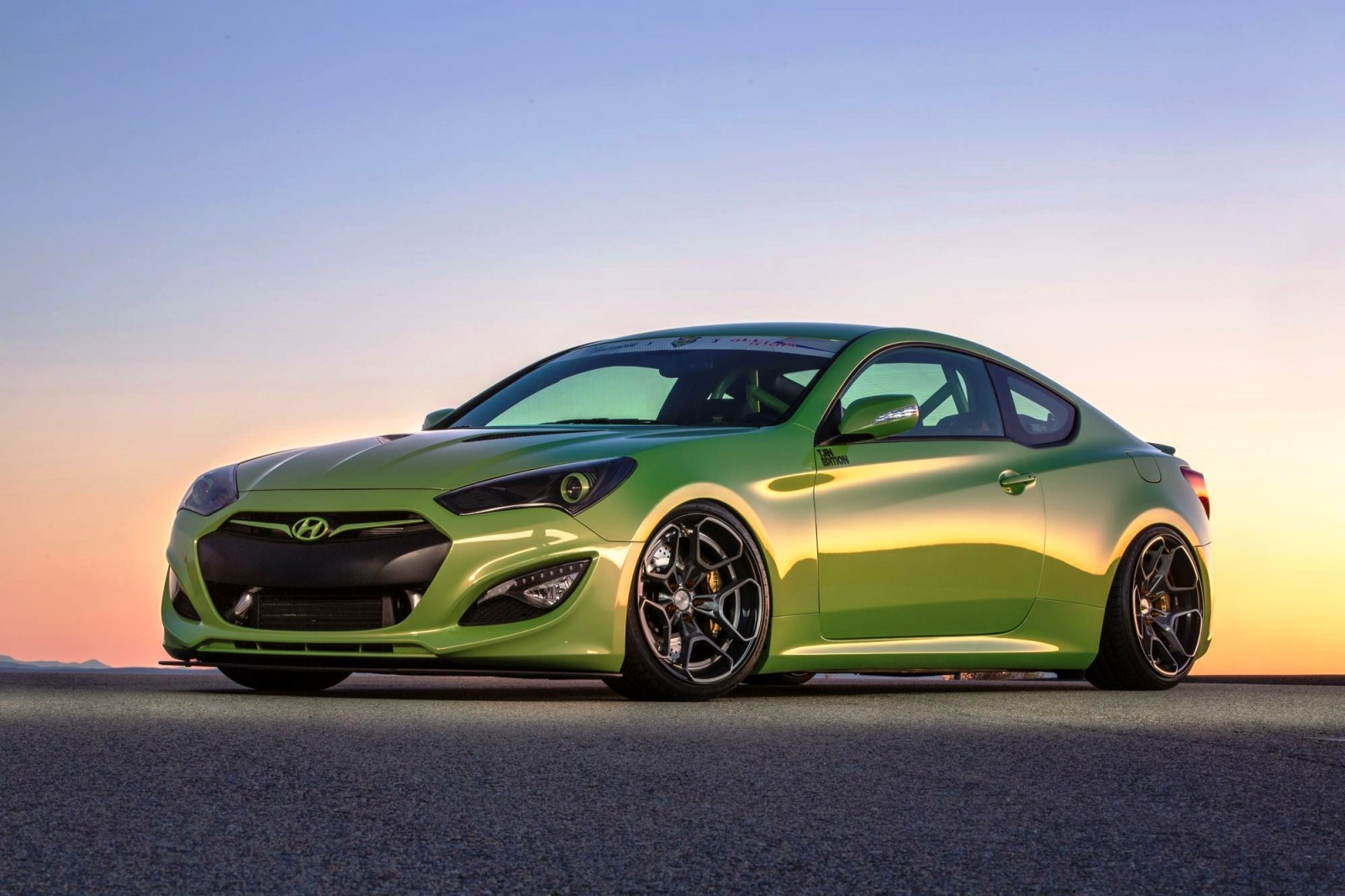 Hyundai SEMA 2015 - ARK and TJIN Genesis Coupes