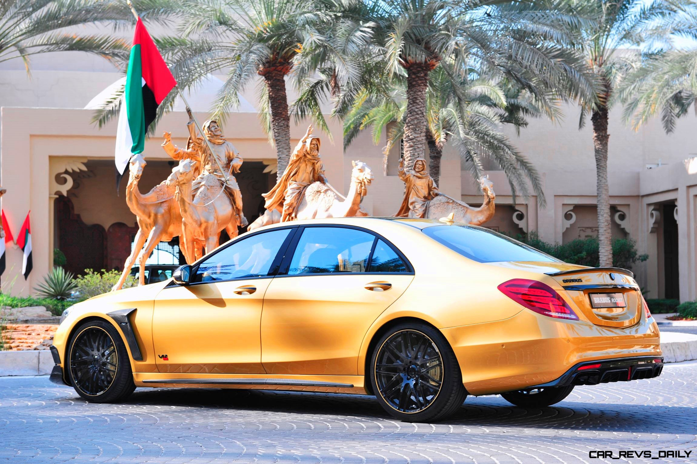 BRABUS Rocket 900 Desert Gold Edition 7