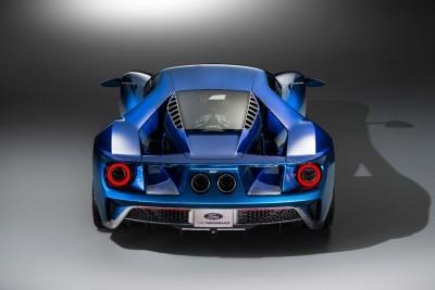Ford GT - back