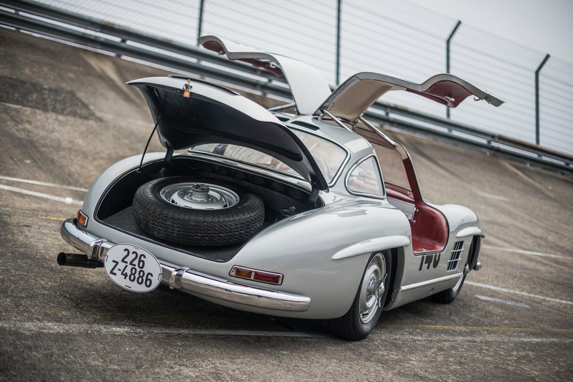 1955 mercedes benz 300sl sportabteilung gullwing for Mercedes benz books