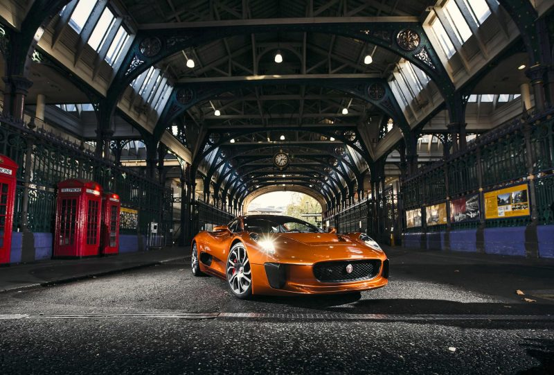 SPECTRE Villain JAGUAR C-X75 1 copy