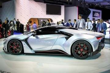 W Motors FENYR SuperSport 2