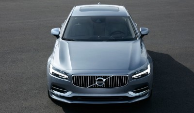 171080_High_Front_Volvo_S90_Mussel_Blue